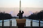 نصب شیشه ضدگلوله در محل مراسم تحلیف / عکس