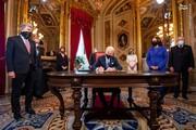 نخستین امضا دستورات جو بایدن