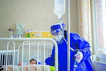 کرونا کودکان و نوجوانان را نشانه گرفته است/ کودکان بالای دو سال حتما ماسک بزنند