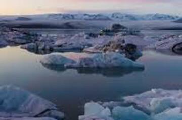 لحظه وحشتناک ریزش کوه یخی / فیلم