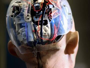 رباتها صاحب مغز میشوند!