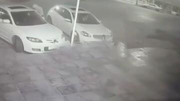بازکردن درب خودرو مزدا ۳ و سرقت سریع / فیلم