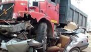 تصادف هولناک تریلی با پژو در جاده خرم آباد - بروجرد