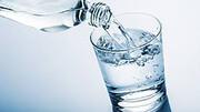 خواص فراوان نوشیدن آب در صبح