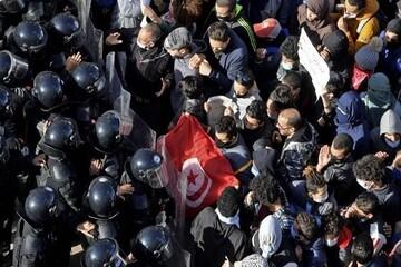 تداوم تظاهرات در تونس