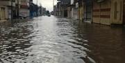 بارندگی باز هم موجب آبگرفتگی معابر اهواز شد/ فیلم
