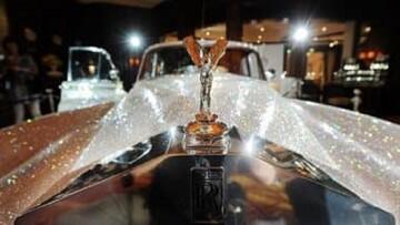 خودروهای خاص افراد مشهور جهان؛ از دیوید بکهام تا پاریس هیلتون/ تصاویر