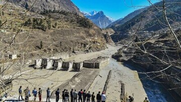 آماری هولناک از کشته و مفقودین ریزش یخچال طبیعی در هند