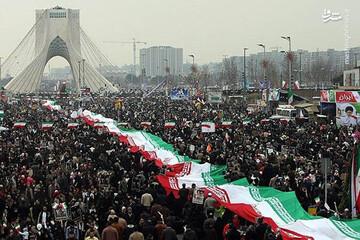 حضور گسترده دوچرخه سواران تهرانی در میدان آزادی