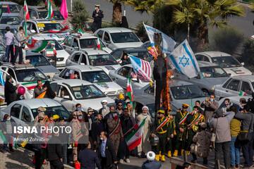 راهپیمایی مردم شهر قم در ۲۲ بهمن / تصاویر