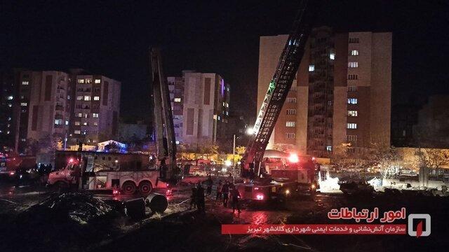 حریق در برج نیمه کاره در تبریز / تصاویر