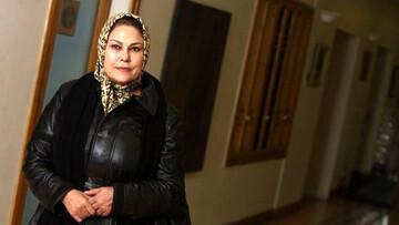 غافلگیری مهران مدیری با ورود عجیب خانم بازیگر، به برنامه دورهمی/ فیلم