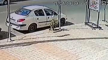 لحظه برخورد شدید خودرو پژو ۲۰۶ با موتورسیکلت در ساری / فیلم