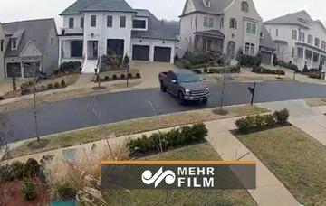 لیز خوردن عجیب خودروی شاسی بلند در آمریکا / فیلم
