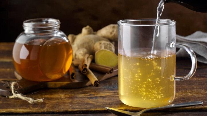 خوردن عسل با مایعات داغ بسیار خطرناک است