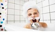 فواید عجیب آواز خواندن در حمام