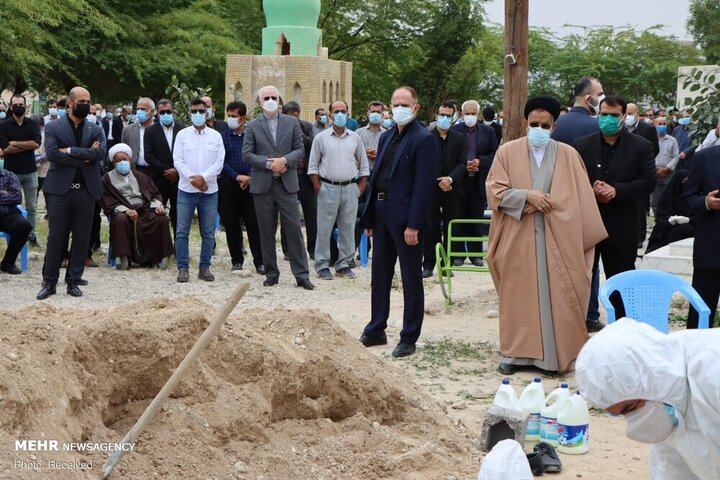 تصاویری از مراسم تشییع پیکر پدر وزیر اطلاعات