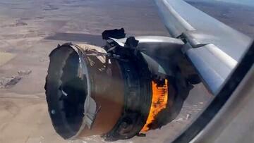 موتور هواپیمای مسافربری آمریکایی روی آسمان آتش گرفت / فیلم