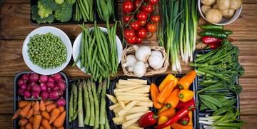 قیمت انواع میوه برای امروز ۳ اسفند ۹۹