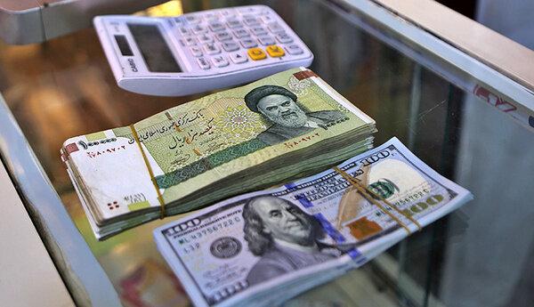 دلار ۵۰۰ تومان ارزان شد/ قیمت دلار و یورو ۴ اسفند ۹۹