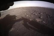 دریافت اولین تصاویر رنگی از لحظه فرود و استقرار مریخنورد استقامت بر سطح سیاره سرخ/ فیلم