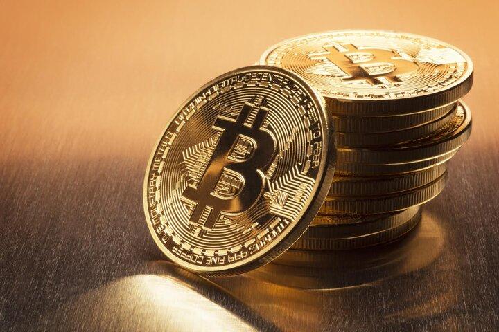 سقوط سنگین قیمت بیت کوین/ احتمال ریزش شدید بازار ارزهای دیجیتال در روزهای آینده