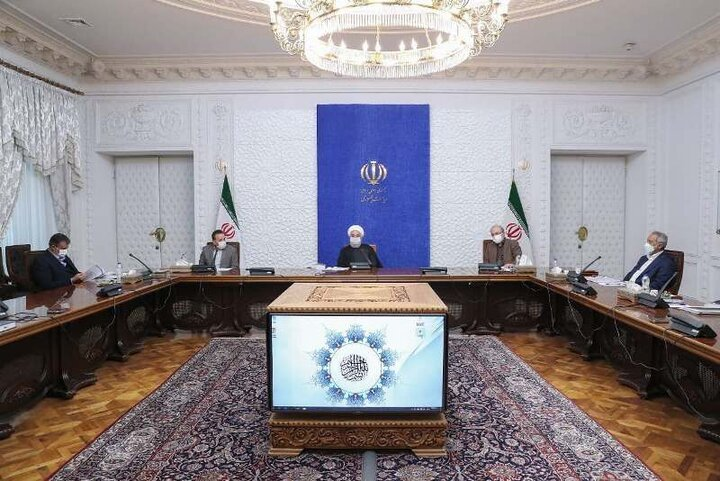 روحانی: دستگاههای مسئول برای جلوگیری از خیز جدید کرونا تلاش کنند/ روند واکسیناسیون ادامه دارد