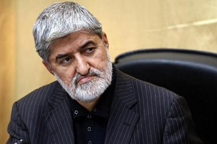 لحظه اعلام کاندیداتوری علی مطهری برای انتخابات ۱۴۰۰/ فیلم