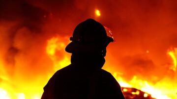 آتش سوزی عظیم انبار مواد غذایی در رشت + جزییات