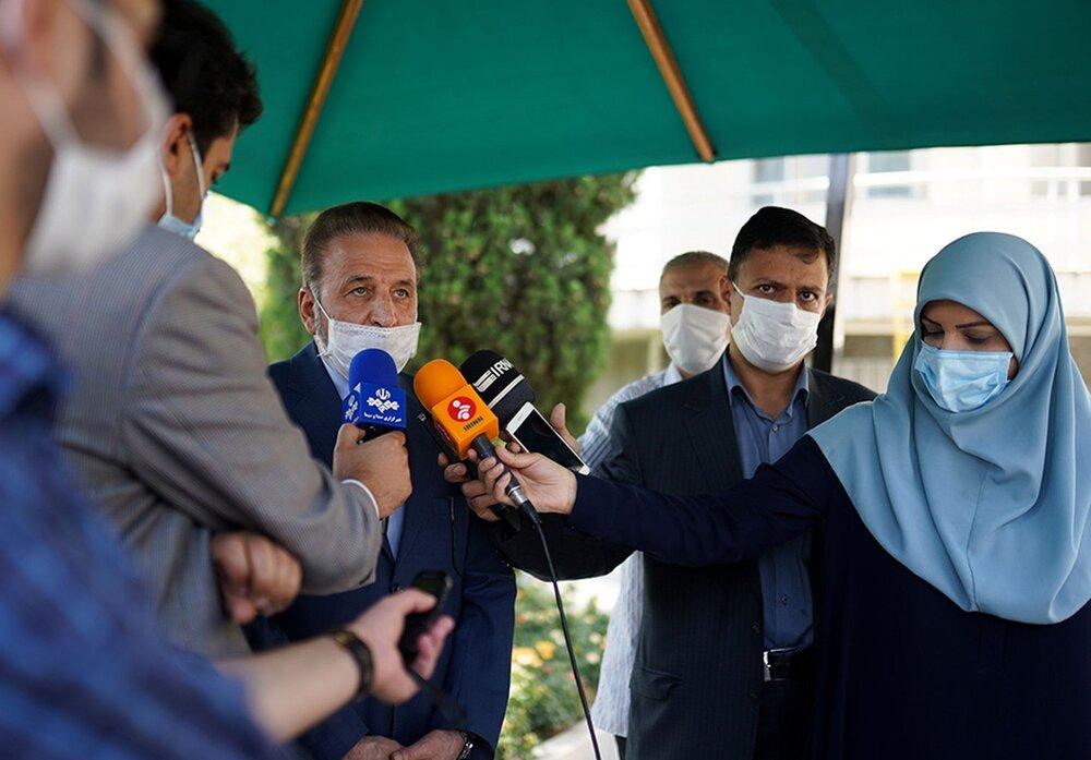 محمود واعظی؛ مردی با حرفهای بیسود و پرضرر