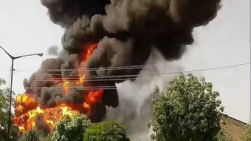 یک کارخانه در تهران آتش گرفت