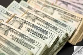 قیمت دلار در سال ۱۴۰۰ احتمالا به ۱۵ هزار تومان میرسد