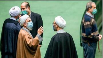 اپوزیسیون ۱۰۰ نفره مقابل مجلس یکدست