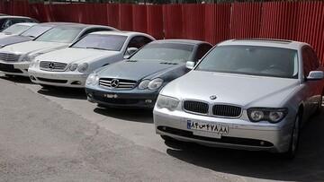 دارندگان خودروهای خارجی در ایران به دردسر افتادند!