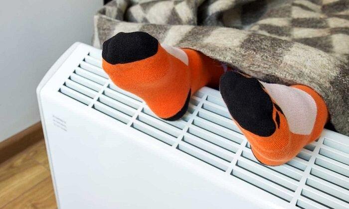 علت احساس سرما در پاها چیست؟ + نحوه درمان