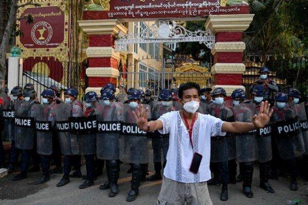 کشته شدن ۶ معترض دیگر در جریان اعتراضات میانمار