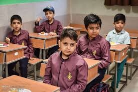 مدارس کشور در سال ۱۴۰۰ تحت هر شرایطی بازگشایی میشوند