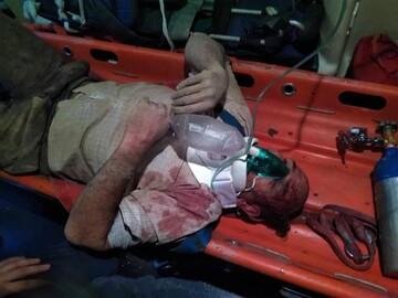 سقوط وحشتناک یک مرد به داخل چاه در خیابان جمهوری تهران/ فیلم