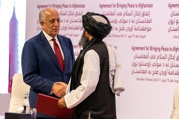 گفتگوی خلیلزاد با طالبان درباره حکومت انتقالی