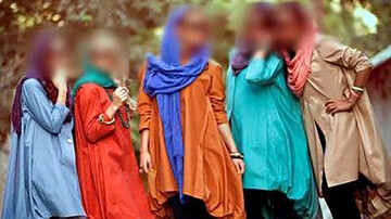 تهدید پیرمردهای مازندران با انتشار عکس های خصوصی!/ دختران پلید به دام افتادند