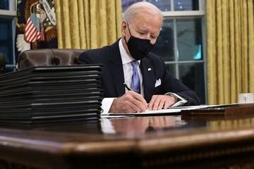 بایدن دستور اجرایی درباره برگزاری انتخابات در آمریکا را امضا میکند