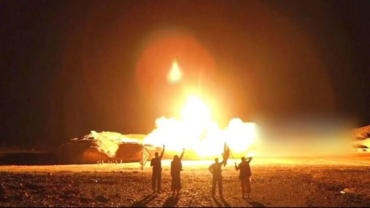 آرامکو در آتش و دود/ اولین عکس از حمله موشکی سهمگین انصارالله