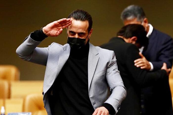 علی کریمی: فوتبال را دور ننداز آقای نبی!