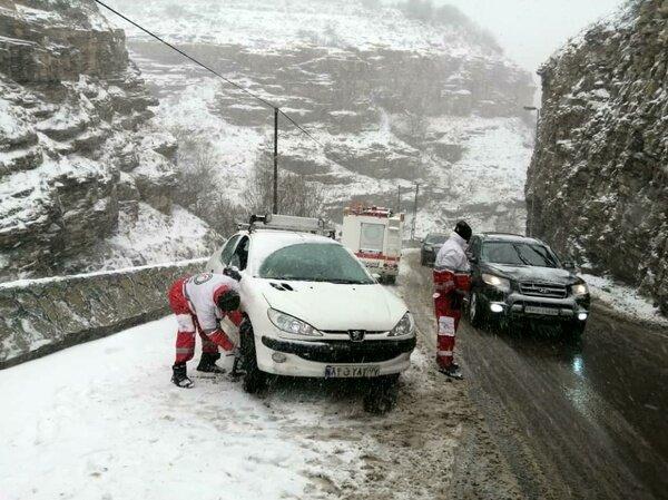 برف و کولاک در ۱۷ استان کشور؛ به ۵۳۸۰ نفر امداد رسانی شد