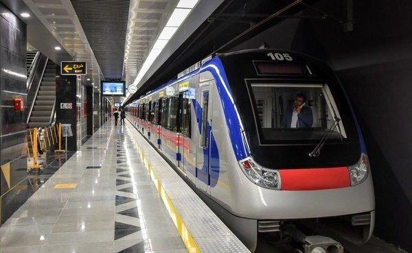 وضعیت خطرناک متروی تهران در شرایط قرمز کرونایی/ تصاویر