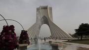 شلیک توپ در میدان آزادی تهران در لحظه تحویل سال