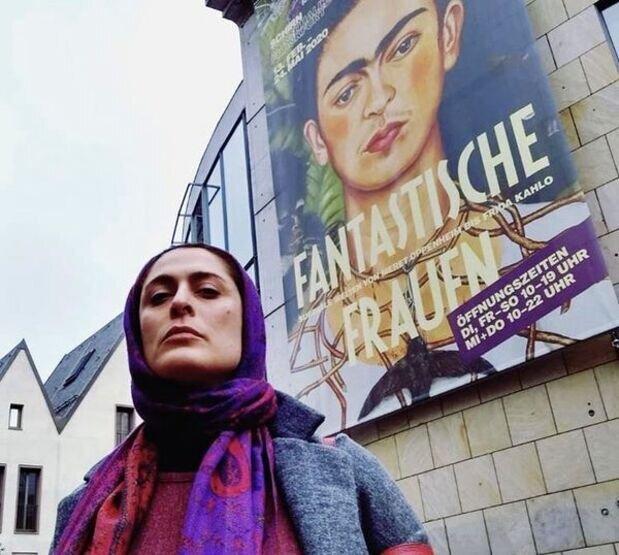 تیپ خانم بازیگر در اروپا /عکس