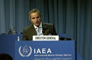 ایران به حداقل مواد مورد نیاز برای ساخت سلاح اتمی نزدیک شده است / طرفها موضوع بازرسیها را به میز مذاکره نکشانند