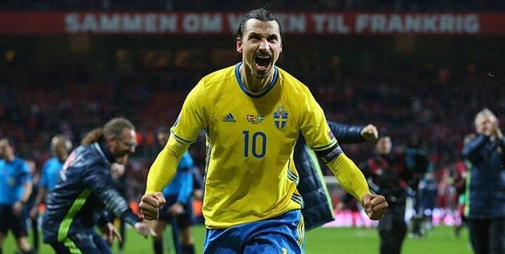 زلاتان پس از بازگشت به تیم ملی سوئد گریه کرد/ فیلم