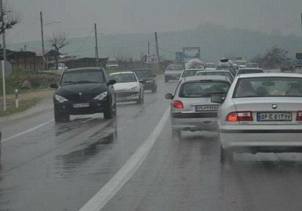 آخرین وضعیت ترافیکی جادههای کشور ۴ فروردین ۱۴۰۰/ کدام جادهها بارانی هستند؟